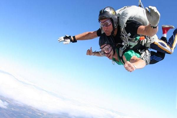 Skydiving in Belfast