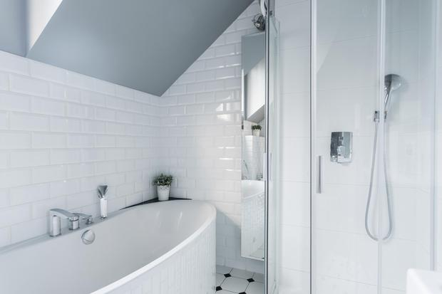Smart and clean: A modern white bathroom will appeal to most buyers