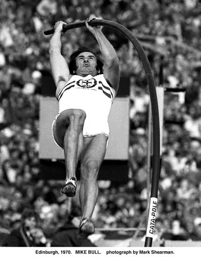 Mike Bull winning Gold in the Pole Vault at the 1970 Commonwealth Games in Edinburgh