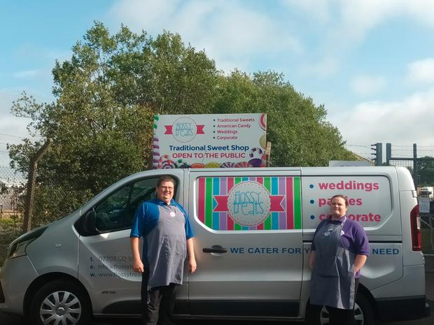 Derek and Lynsey Montgomery from Flossy Treats take their treats on the road to weddings